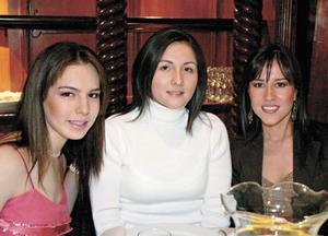 Luz Areli Gurza, Vicky Rodríguez y Bertha Aguilera
