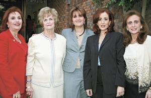Katia de Zarzar, Linda de Zarzar, Sandra de Faccuseh, Doña Helda de Zarzar y Doña Cristina Kawas