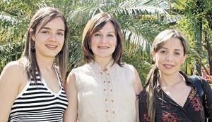 Marcela Pérez de Leal, Luly López Barrio de Castillón y Ana Cristina Aranda
