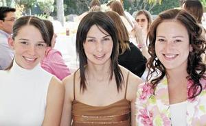 Begoña de Sada, Blanca de Murra y Pily de Román
