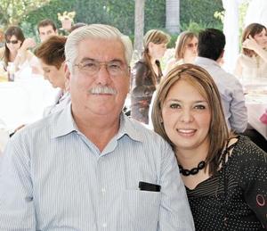 Servando A. Ramírez Álvarez y su hija Liliana Ramírez Gireud