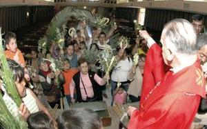 La Cuaresma termina el Jueves Santo, cuando se cumplen 40 días de preparación de los fieles, dejándoles listos para el Misterio Pascual: la pasión, muerte, sepultura y resurrección de Jesús.