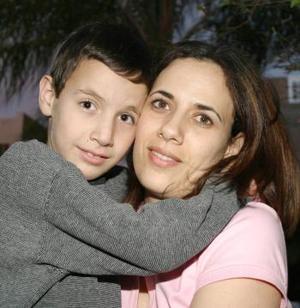 Cristina Khawly y Nicholas Khawly.