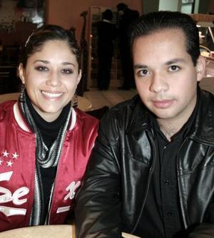 Ana Velia Velásco y Luis Salazar.