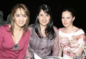 Laura Luévanos, Bárbara Luévanos y Laura López Willy.
