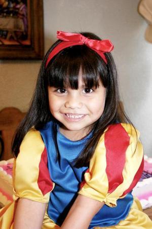 Ana Victoria Zambrano en su cumpleaños.