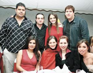 Javier Berumen, Luis H, Marisol González, Luis Manuel, Vanesa Barajas, Abril de H., Elorza y Gaby Arriaga