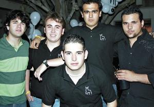 Hussein, Arturo, Walo, Ernesto, Daniel y Carlos