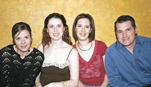 Vanesa Valdepeñas, Marcela Pereyra, Gaby Alarcón y Manuel Garza