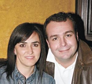 Marcela Vega y Toño Lamberta