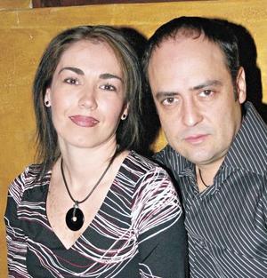 Mariana López e Ito Barrios