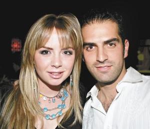 Aída Sambucci y Jaime Mijares