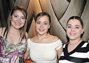 Silvia, Fernanda y Laura