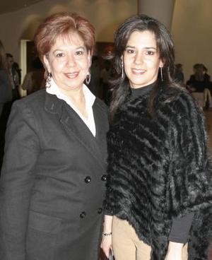 Lucía de Ortega y Lucía Ortega de Campos.