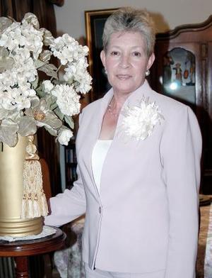 Magda de García fue festejada por su cumpleaños, con un ameno convivio al que asistieron múltiples amistades.
