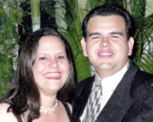 <b>20 de marzo 2005</b> <p> Édgar Federico Reyes Carrillo y Rocío Calderón de Reyes celebraron su aniversario de bodas.