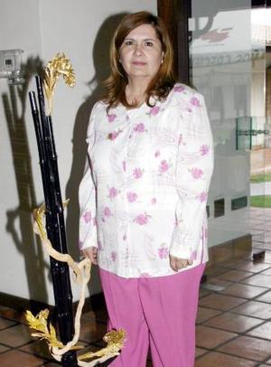 Diana Quiñones de Triana ganó el primer lugar y rosetón con trofeo.