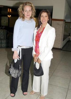 Marcela de Corzo y Miriam de Talamás.