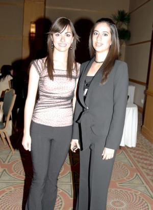 Martha Jaidar y Julia Peña.