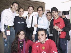 <b>23 de marzo 2005 </b> <p> Ricardo, Rebeca, Fernanda, Mónica, érla, Lupita, Julián y Alejandro.