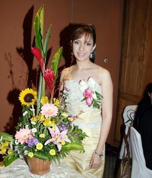 Con motivo de su próxima boda con Juan Alberto Pérez Ortega, Claudia Liliana Mena López disfrutó de una fiesta de despedida.