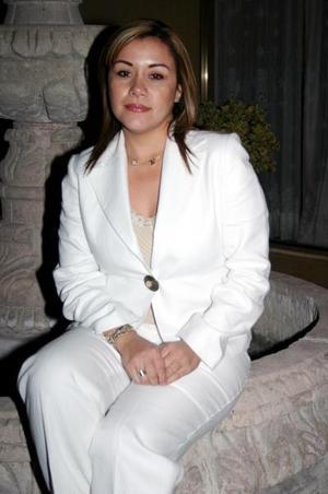 Daniela Flores de Rodríguez captada el día que celebró su cumpleaños.