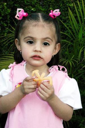La pequeña Frida María de Santiago Elías cumplió dos años de vida.