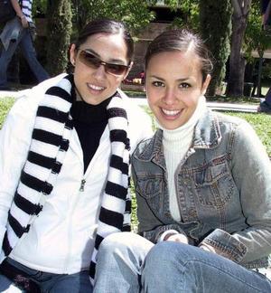 <b>25 de marzo 2005</b> <p> Jakie Jaik y Natalia Ávalos.