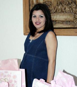 Wendy Sugey Rodríguez Castro espera el nacimiento de su primer bebé.