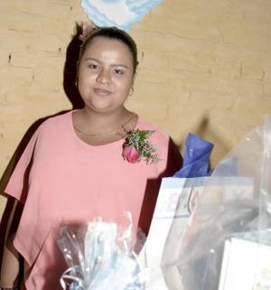 Nancy Medrano de Morán espera el nacimiento de su primer bebé
