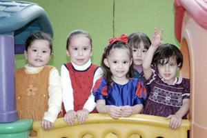 De una divertida reunión disfrutó la pequeña Ana Sofía González Carrillo junto a sus amigos.