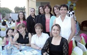 Carolina Dillon de Estrada, Alicia Rosell de Castrillón, Malene de Ortiz, Lupina de Castil, Mayela Cansino de Treviño, Claudia Aguilera, Martha Cansino de Sigala, Valeria Sigala, Liliana Sigala y Frida Oviedo .