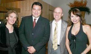 -Blanca Castro, Gerardo Vargas, Claudio Sánchez,y Érika de la Peña