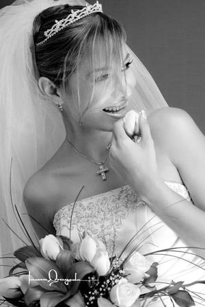 Dra. Jovana Vanessa Zamora González, el día de su boda con el Dr. Alfonso Gabriel Calvillo Briones.