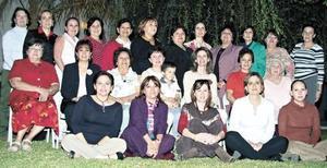 <I>FESTEJO PARA MARICÚ SADA</I><P>Grupo de catequistas le organizan gran convivio