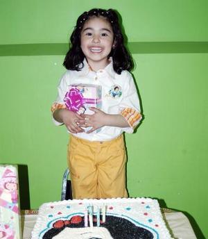 Lila Paola Castañón Nájera celebró su cumpleaños.