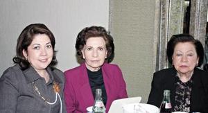 María del Refugio R. de Vesuña, Magda R. de Flores y María Teresa R. de Rivero