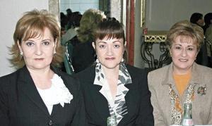 Alicia de Flores, Bertha de Medina y Bertha Gámez