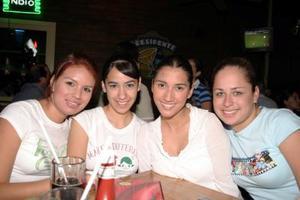 Fabiola Durón, Ana Karina Aguirre, Verónica Beernaert y Adriana Morales.