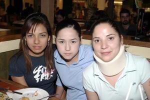 Lilia Maldonado, Carolina Cueto y Liliana Chapoy.