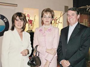 Martha Nelly Ramírez de Villarreal, Lucrecia Martínez de Santibáñez y Ricardo Santibáñez