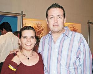 Rosy Padilla y Salvador Guerrero
