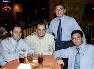<b>01 de abril</b><p> Miguel Ángel Villarreal, Fernando González, Hugo Ramos y Luis Guerrero Barajas.