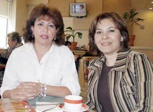 Georgina Lastiri y Laura de Díaz.