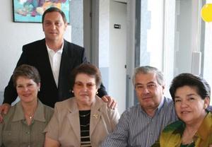 Jaime y Flor Artigas, Margarita Martínez de Murra, Fernando Cisneros y Mercedes Martínez de Cisneros