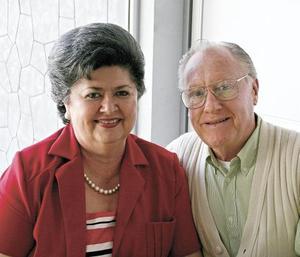 Francisco Von Bertrab, Leticia Espinoza de Von Bertrab
