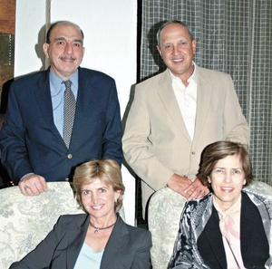 Roberto Murra, Javier Garza , Patricia de Murra y Pity de Garza