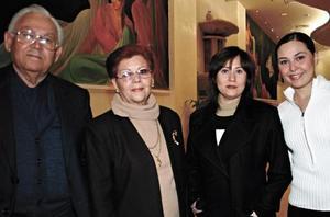 Fernando Álvarez, María Inés Zorilla de Álvarez, Ofelia Álvarez y María Fernanda Álvarez