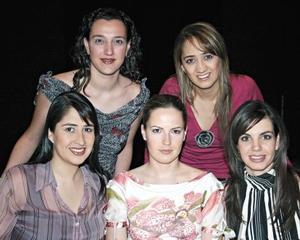Hilda Calderón, Laura Luévanos, Barby Luévanos, Laura López y Susana Estrada