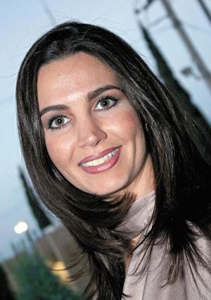 <I>PRÓXIMA A CASARSE</I><P>Alicia Estrada Murra